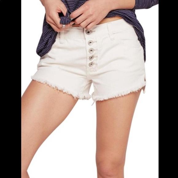 Free People White Raw Hem Runway Jean Shorts